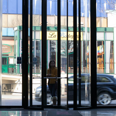 Revolving Doors - Strata Tower
